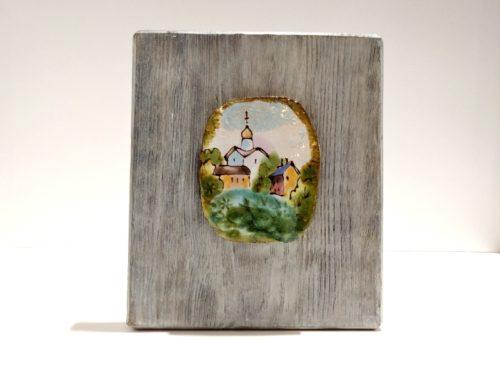 """Декоративное панно из керамики """"Церковь, Великий Новгород"""" на брашированной доске"""